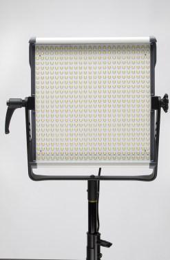 KIT PANNEAU LED FOMEX EX600PKIT MONTURE ANTON BAUER