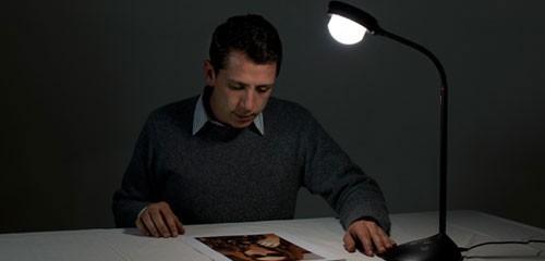 LAMPE DE BUREAU FIILEX V70