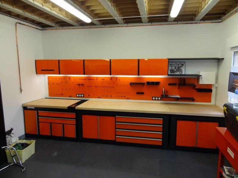 ensemble orange atelier motos trm garage
