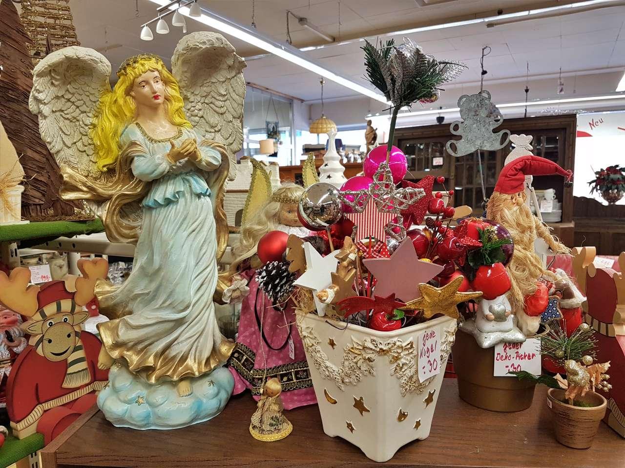 Weihnachtsmarkt 2020 Dekoration Figuren