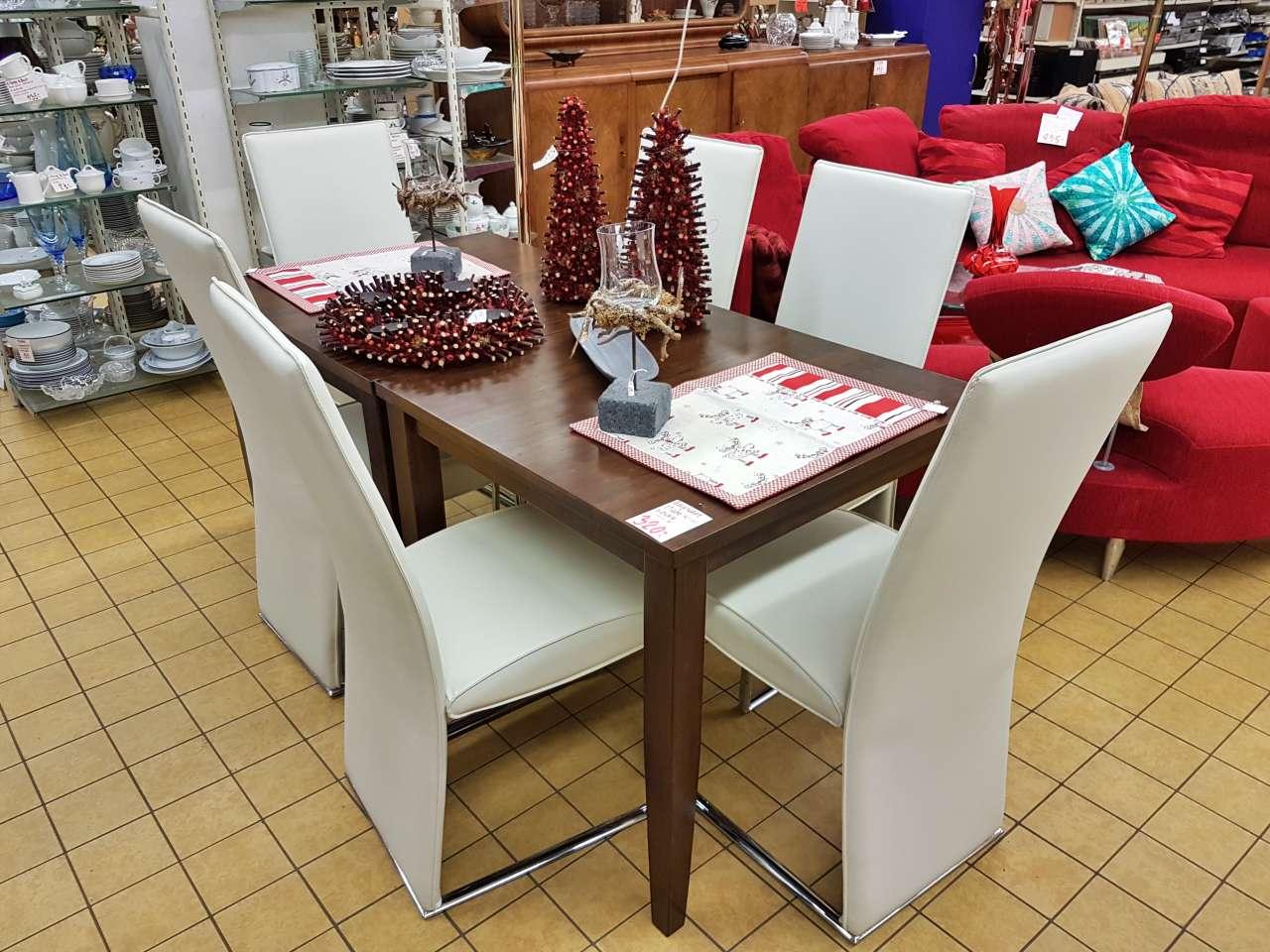 Essgruppe Esstisch mit Stühlen