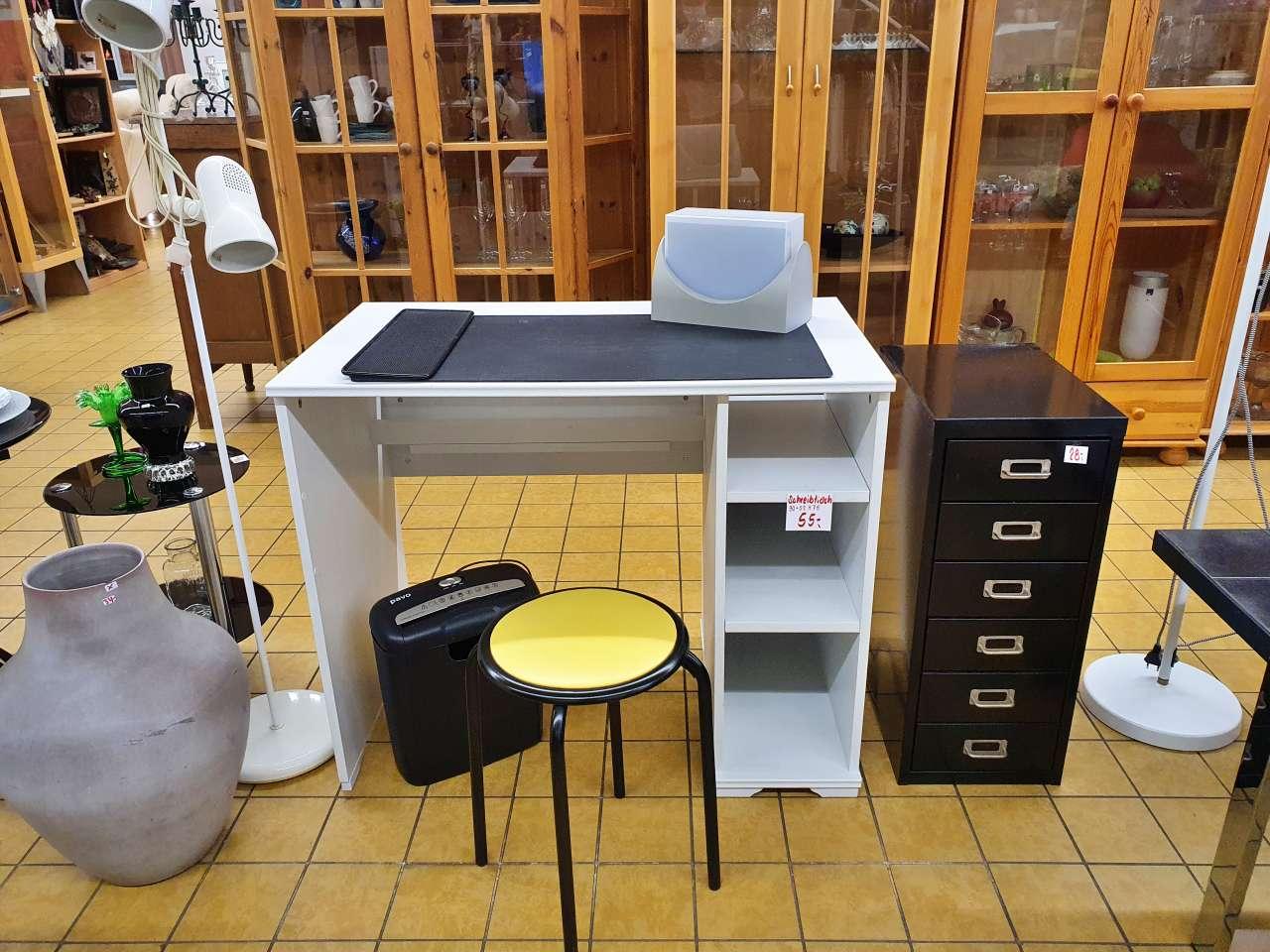 Schreibtisch Homeoffice Büromöbel