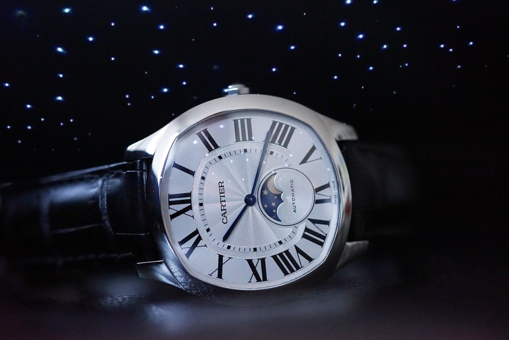 'Under A Raging Moon' – The New Drive de Cartier