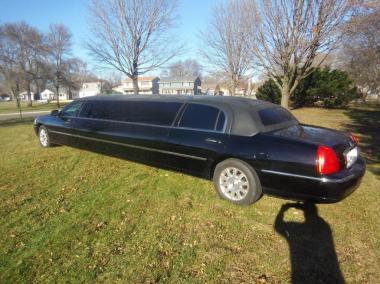 03-2007-120-Royal-10-pass-limo