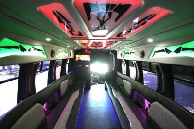Limo-Bus-22-Passenger-Party-Bus-no10-15