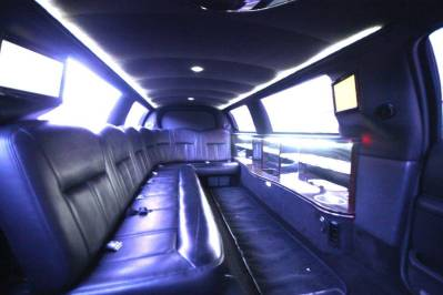 Limousine-120-Long-door-10-pass-Limo-Coach-14