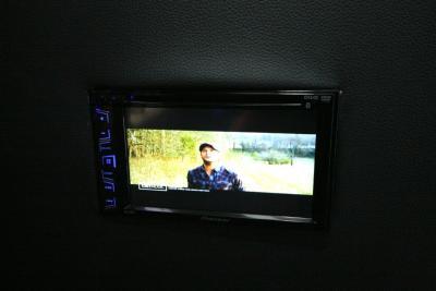 limo-coach-22-passenger-TT-39-13