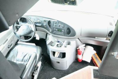 limo-coach-22-passenger-TT-39-14
