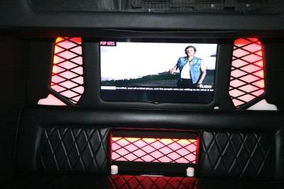 limo-coach-22-passenger-TT-44-10