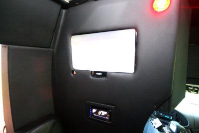 limo-coach-22-passenger-TT-44-13