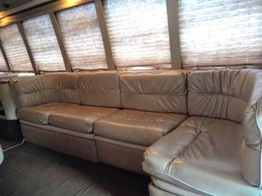 1999-Krystal_Limo_Bus-24-Passenger-14