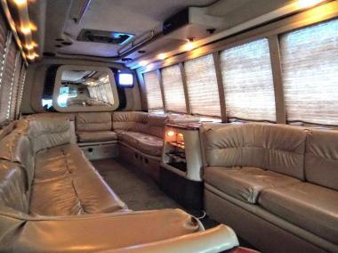 1999-Krystal_Limo_Bus-24-Passenger-17