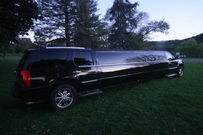 08-2008-Cadillac-Escalade-SUV-Limo