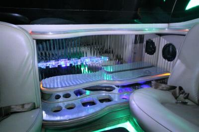21-2008-Cadillac-Escalade-SUV-Limo
