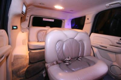 23-2008-Cadillac-Escalade-SUV-Limo