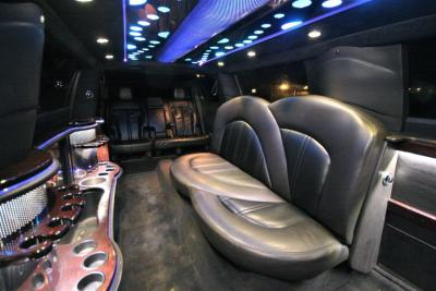 2014-MKT-MKT-Lincoln-Town-Car-120_SUV-Limo-21