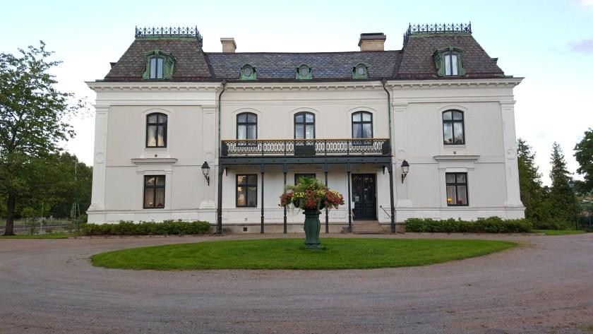 Villa Elfhög, där föreningen har sina lokaler på andra våningen.