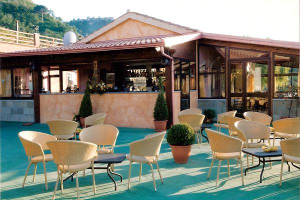 Cedesi ristorante Tropea in Calabria