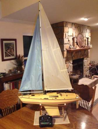 Kyosho Fairwind Sailboat