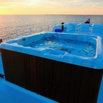 Diving Tour in Gardens of the Queen - Avalon II luxury yacht with jacuzzi