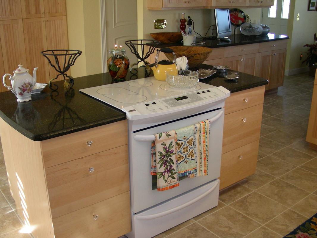 Tropical Kitchens Fort Myers Kitchen & Bath Remodeling Design