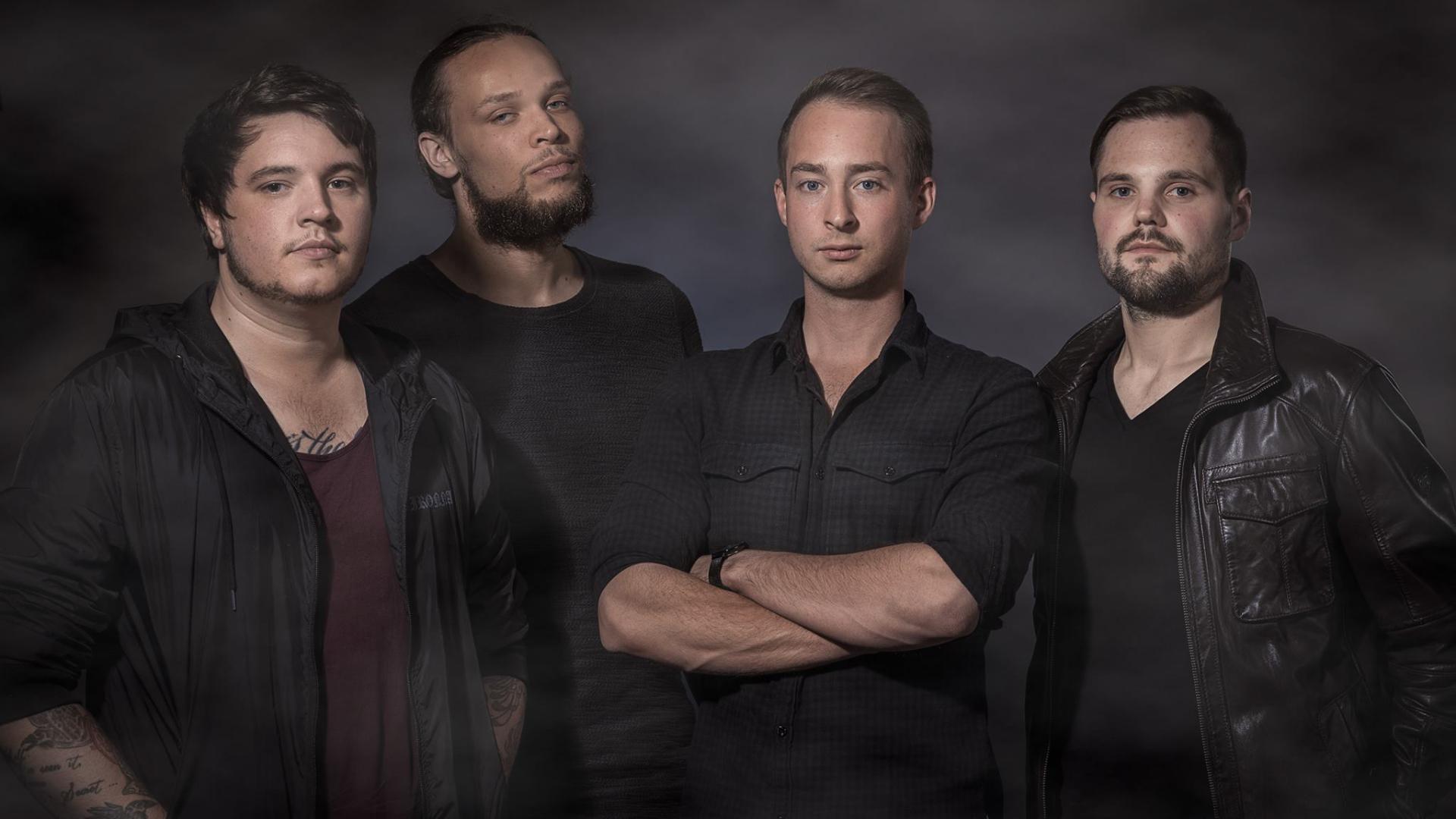 Snoubound, una banda de metalcore proveniente de Ketsch (Alemania) en Sábado Internacional de Tropical Punk Records