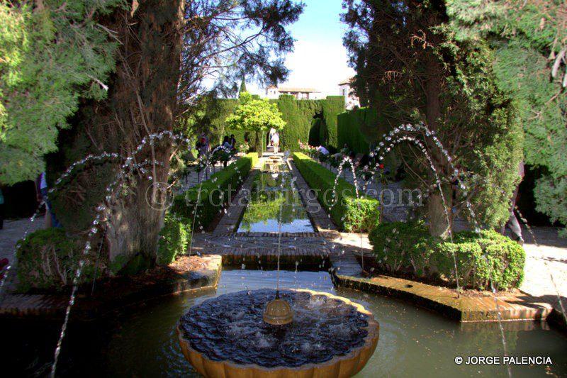 La alhambra y el generalife for Jardines de gomerez granada