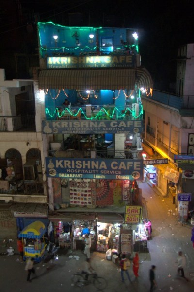 RESTAURANTE KRISHNA CAFE DESDE EL EXOTIC ROOFTOP CAFE EN DELHI