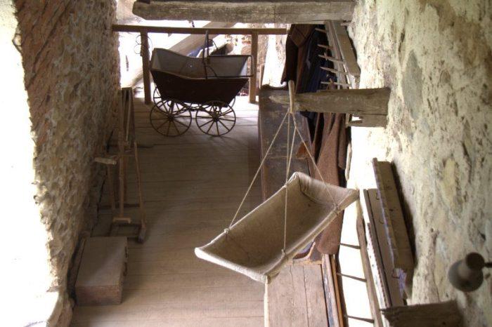 MUSEO ETNOGRÁFICO EN LA IGLESIA FORTIFICADA DE VISCRI