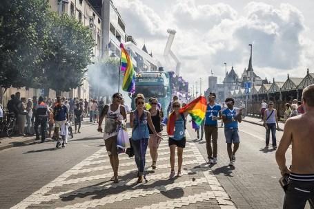 Antwerp Pride Parade op de Scheldekaaien