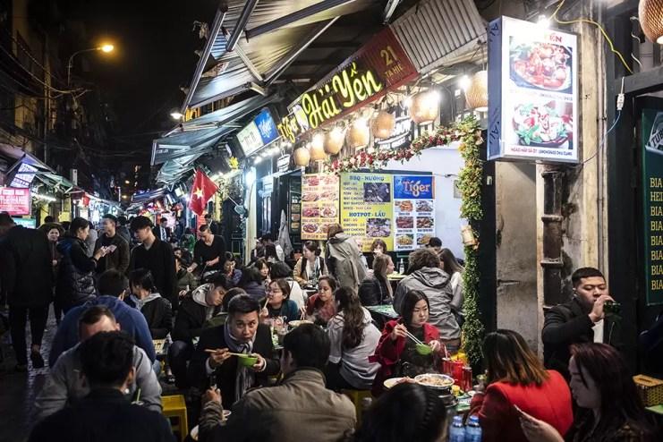 Straatrestaurantjes in Vietnam