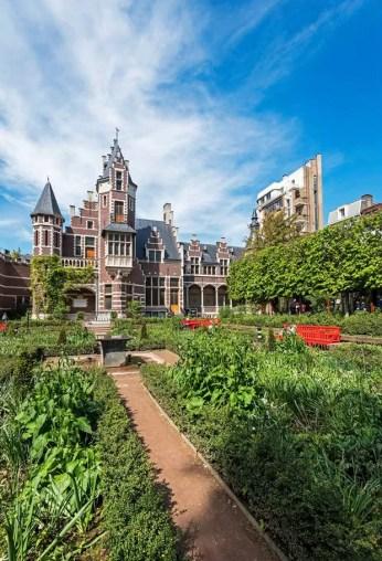 Wat te doen in Antwerpen: de Antwerpse Zoo bezoeken