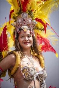 Wat te doen in Borgerhout: Mooie sambadanseressen als Caroline versieren op Borgerrio