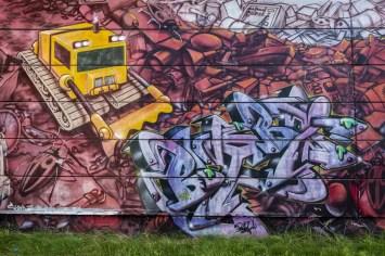 Street art op een lege fabriek