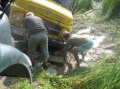 Truck in de berm 2