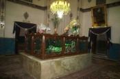 Moskee met geldkist