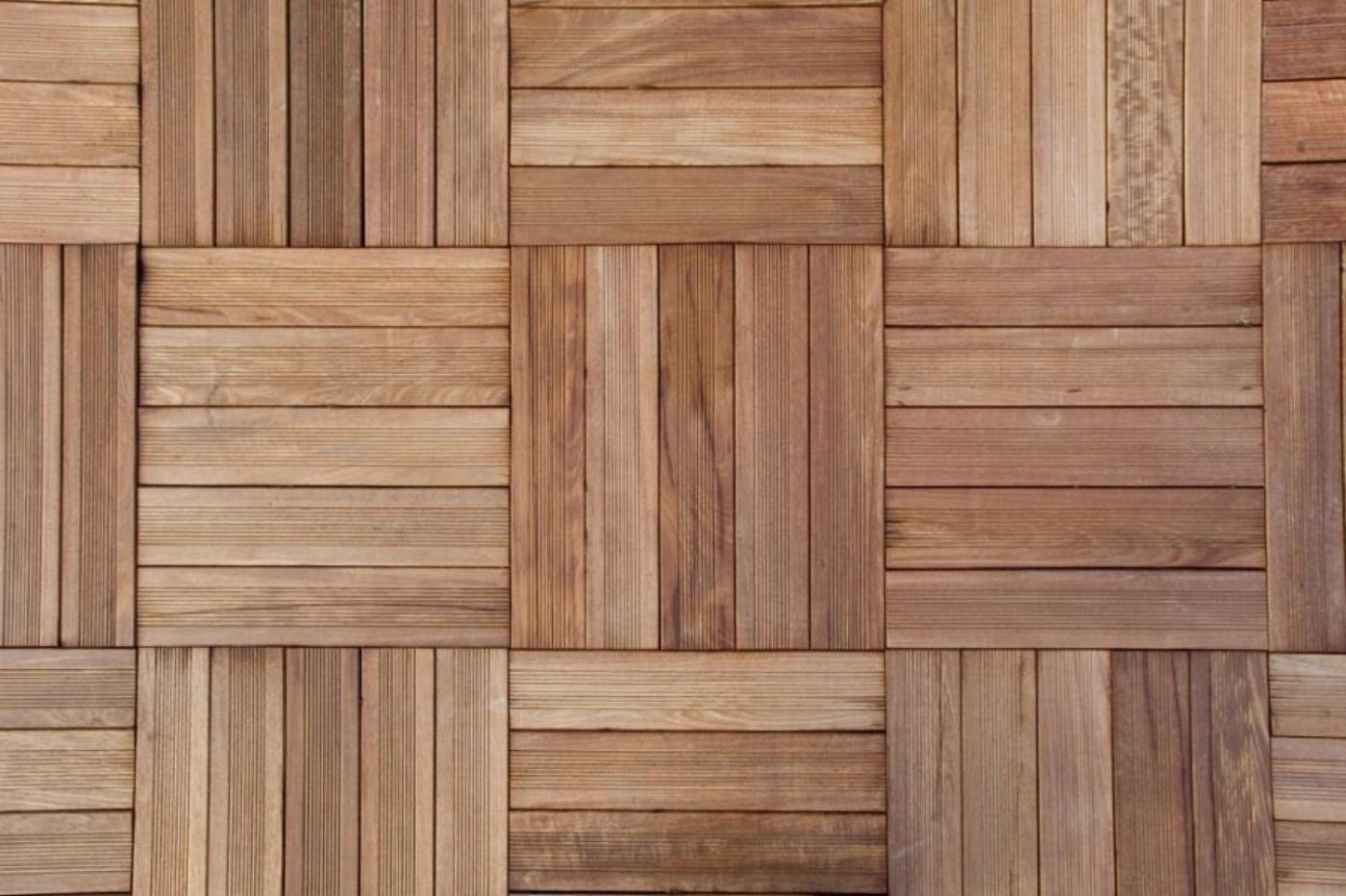 ANTICO CADORE SRL  pavimenti in legno a quadrotti in teak antico   TrovaPavimentiit