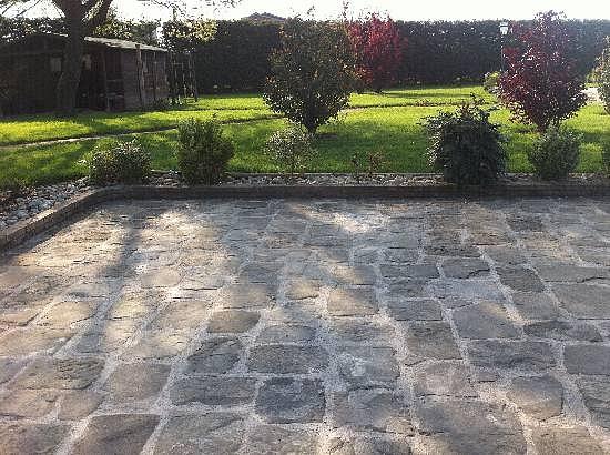 Lacole Casa Italiana srl Pavimento in pietra antica  1