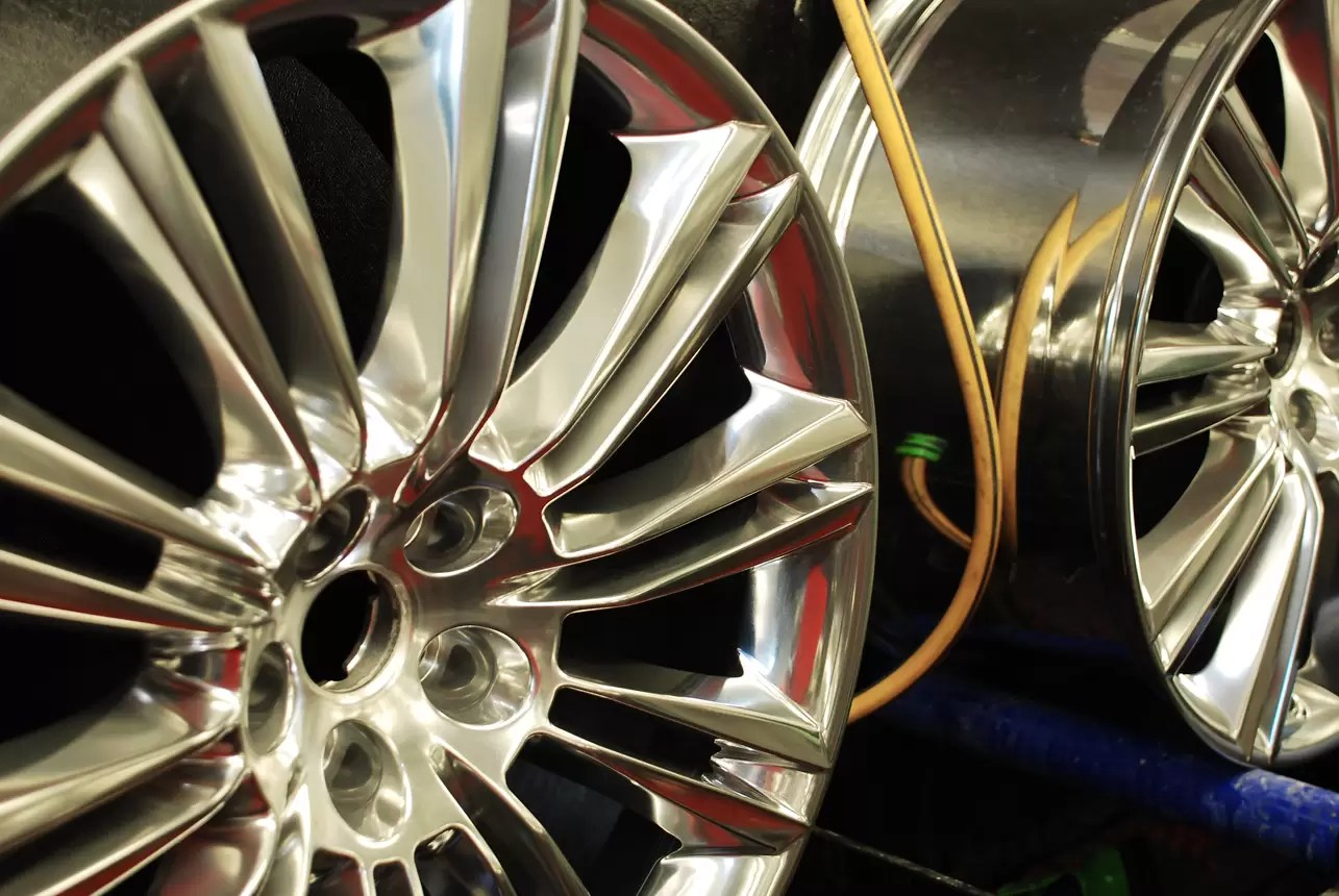 Trs Uk Alloy Wheel Polishing Repairs Nuts And Bolts