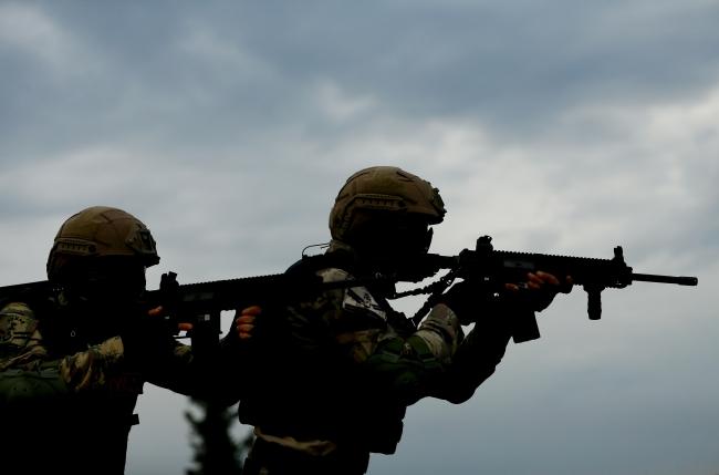 Güvenlik güçlerinin terörle mücadelesi aralıksız sürüyor. Foto: AA