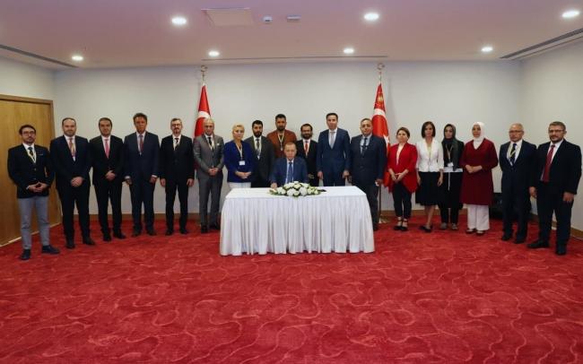 Cumhurbaşkanı Erdoğan, basın mensuplarıyla söyleşi yaptı.