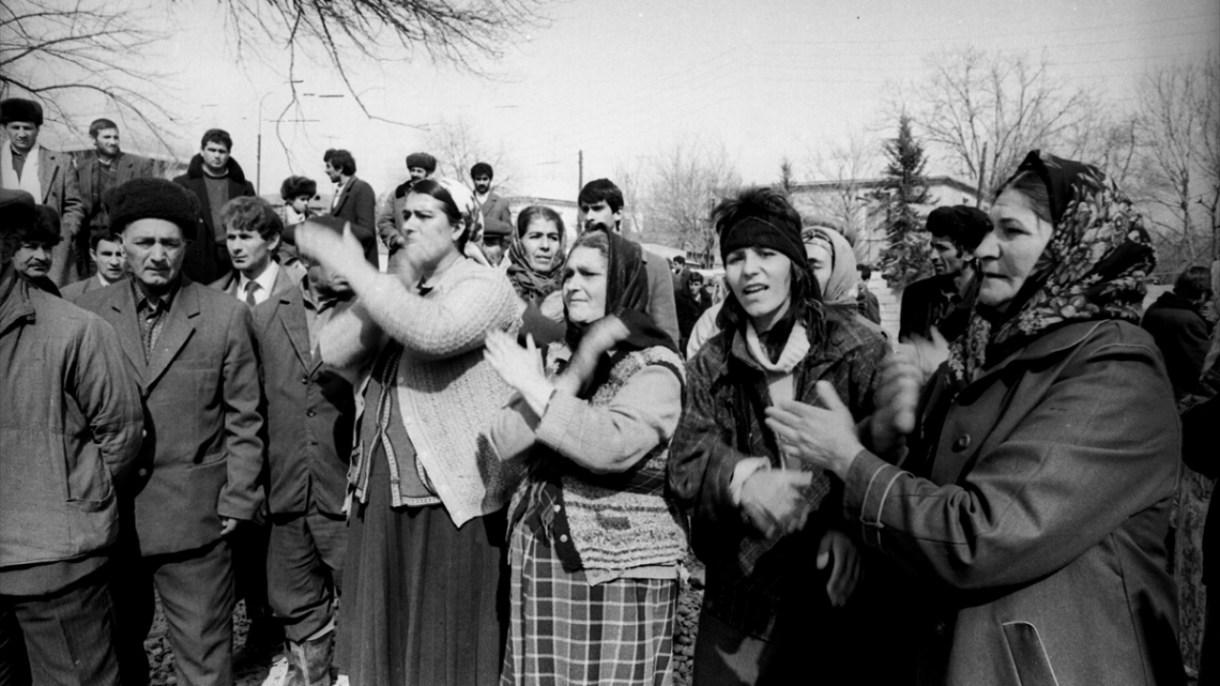 Ermenilerin katlettiği vatandaşlar için Ağdam Camisinde tören düzenlendi. (Arşiv)