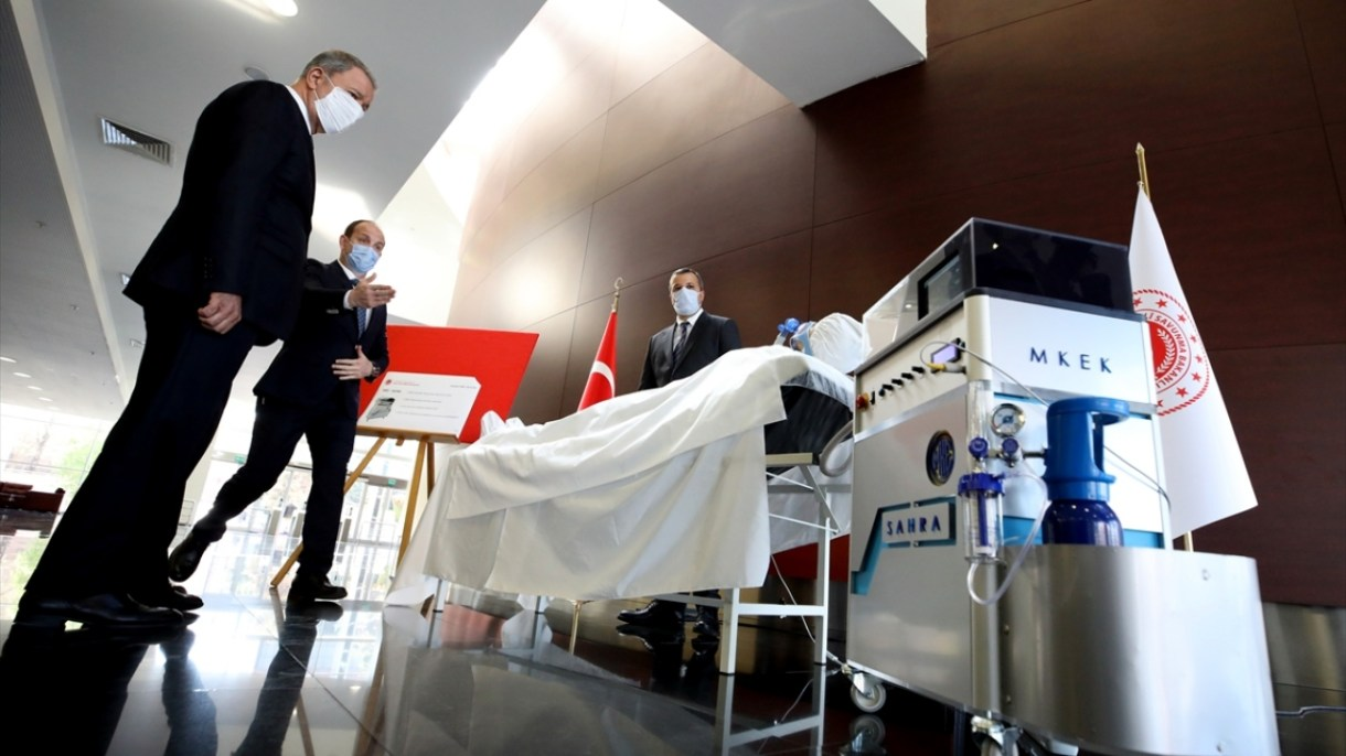 Nefes darlığı ve kandaki oksijen oranı düşüklüğünden dolayı ağırlaşan bir Kovid-19 hastasına temel solunum desteği sağlama özelliğine sahip cihaz, solunum yetmezliği çeken diğer hastalar için de kullanılabilecek.