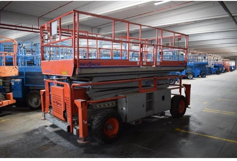 Skyjack SJ9241 scissor lift from Belgium for sale at Truck1. ID: 3927192