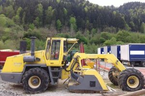 BOMAG MPH 1222 soil stabilizer from Slovenia for sale at