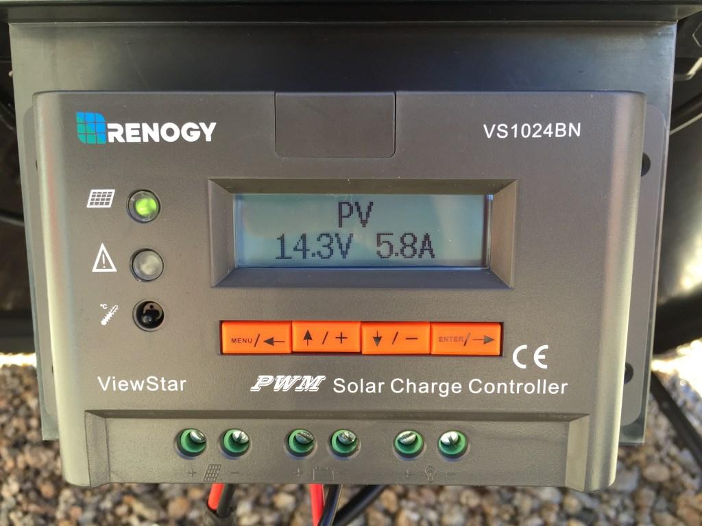 Renogy 100 Watt Solar Suitcase - 10 Amp ViewStar PWM Charge Controller