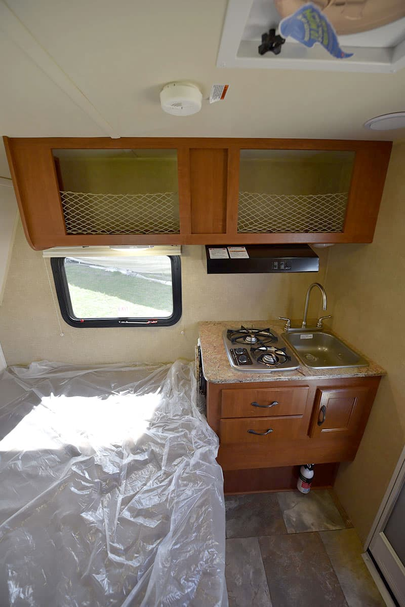 pulls for kitchen cabinets and bath showrooms near me 2016 rayzr fb review - truck camper magazine