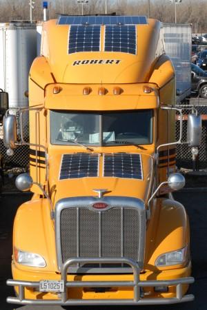 cr_LNG solar truck