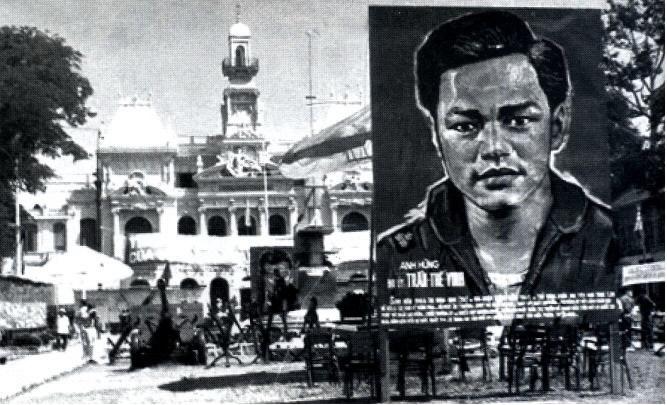 lịch sử việt nam, anh hùng Trần thế Vinh