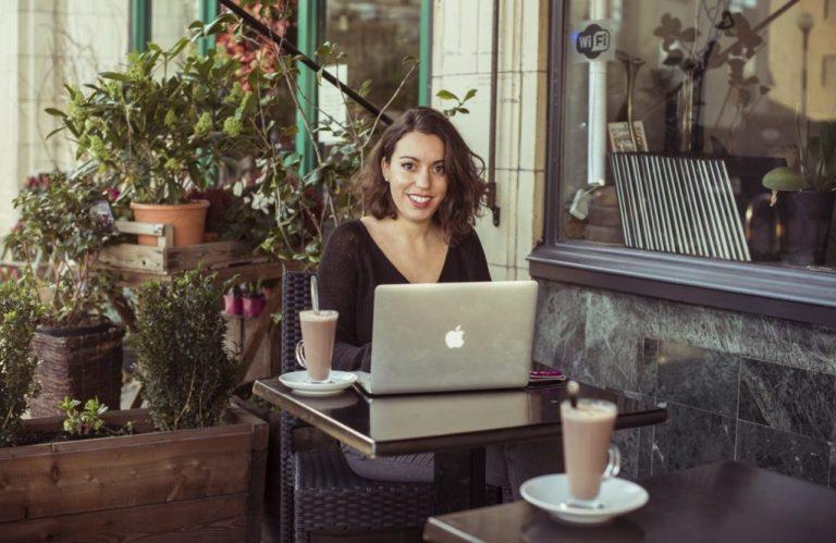 Cécile Dhour Trucs de Webmarketeuse